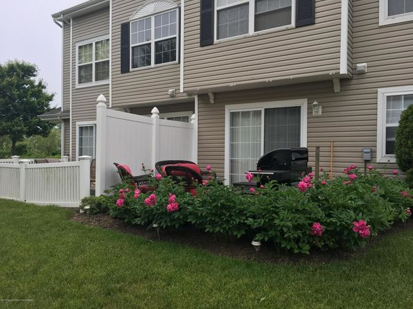 2 bed 3 bath Condo at 163 Dorado Beach Ct Howell, NJ, 07731 is for sale at 270k - 1 of 24