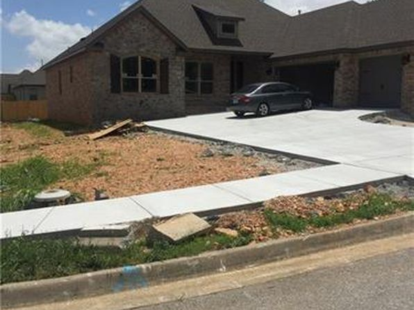 4 bed 3 bath Single Family at 6301 SW Fair View Blvd Bentonville, AR, 72712 is for sale at 285k - 1 of 2