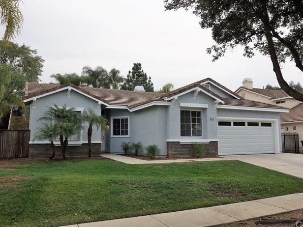3 bed 2 bath Single Family at 526 Donatello Dr Corona, CA, 92882 is for sale at 449k - 1 of 29