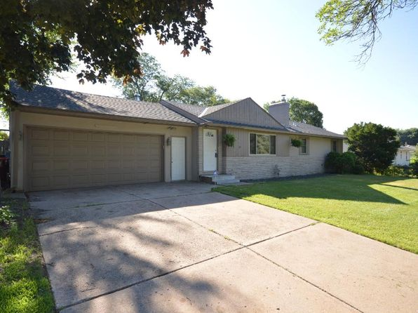 3 bed 2 bath Single Family at 2120 Sloan St Saint Paul, MN, 55117 is for sale at 225k - 1 of 9