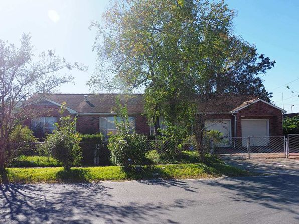 3 bed 2 bath Single Family at 6209 Field St Marrero, LA, 70072 is for sale at 135k - 1 of 12