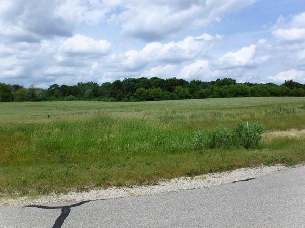null bed null bath Vacant Land at LT 13 Ridgeview Ln Waterford, WI, 53185 is for sale at 119k - 1 of 12