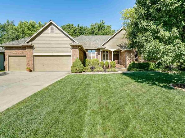 3 bed 3 bath Single Family at 7922 W Meadow Park Ct Wichita, KS, 67205 is for sale at 375k - 1 of 32