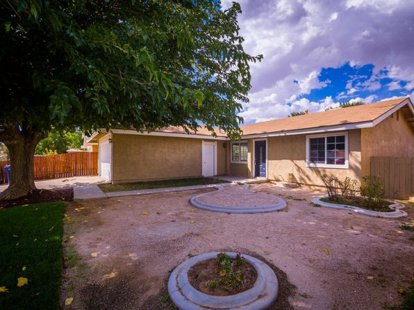 2 bed 1 bath Single Family at 3725 W Avenue K12 Lancaster, CA, 93536 is for sale at 195k - 1 of 30