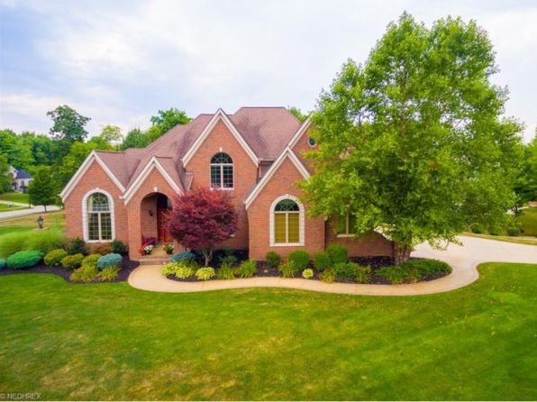 8795 Chinaberry Cir N, Macedonia, OH 44056 | Zillow