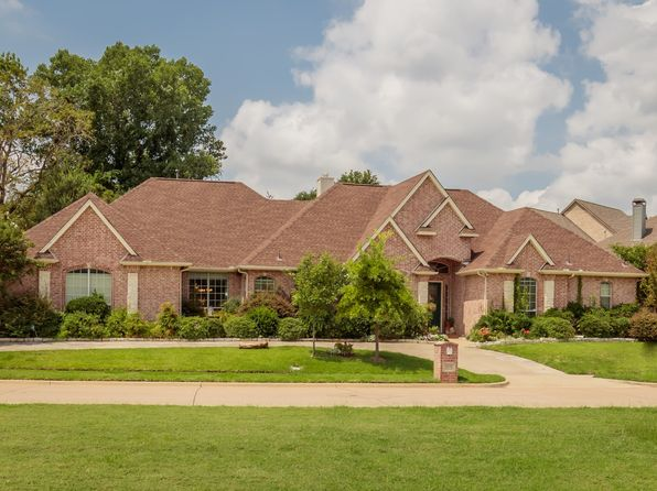 4 bed 3 bath Single Family at 2432 Park Run Dr Arlington, TX, 76016 is for sale at 445k - 1 of 26