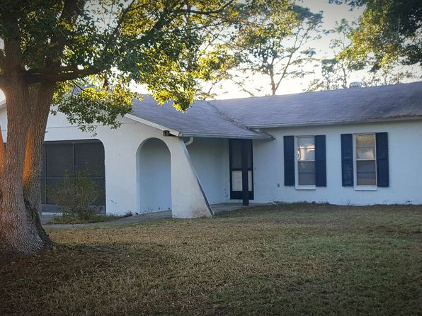 2 bed 2 bath Single Family at 2475 Coronet Ct Spring Hill, FL, 34609 is for sale at 130k - 1 of 11