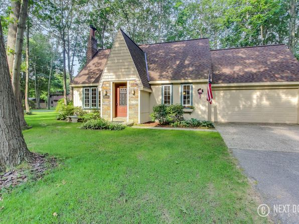 3 bed 2 bath Single Family at 3505 Eastern Ave Holland, MI, 49424 is for sale at 200k - 1 of 50