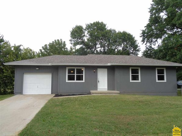 3 bed 1 bath Single Family at 719 E Grandriver St Clinton, MO, 64735 is for sale at 86k - 1 of 16