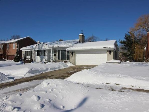 3 bed 3 bath Single Family at 20214 River Oaks Dr Dearborn Heights, MI, 48127 is for sale at 200k - 1 of 17