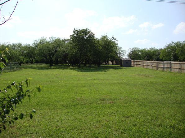 3 bed 2 bath Single Family at 2009 W Arbor Rose Dr Grand Prairie, TX, 75050 is for sale at 175k - 1 of 3