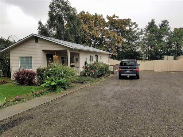 3 bed 1 bath Single Family at 1717 7th Ave Lewiston, ID, 83501 is for sale at 148k - 1 of 12