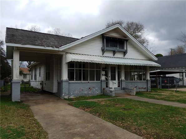 4 bed 3 bath Single Family at 2304 Elliott St Alexandria, LA, 71301 is for sale at 90k - 1 of 11
