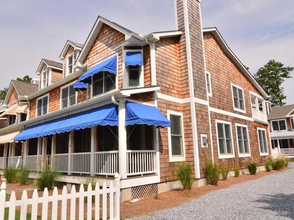 4 bed 4 bath Townhouse at 831B Garfield Pkwy Bethany Beach, DE, 19930 is for sale at 513k - 1 of 37