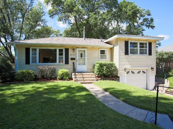 2 bed 2 bath Single Family at 8228 Wentworth Ave S Bloomington, MN, 55420 is for sale at 215k - 1 of 17