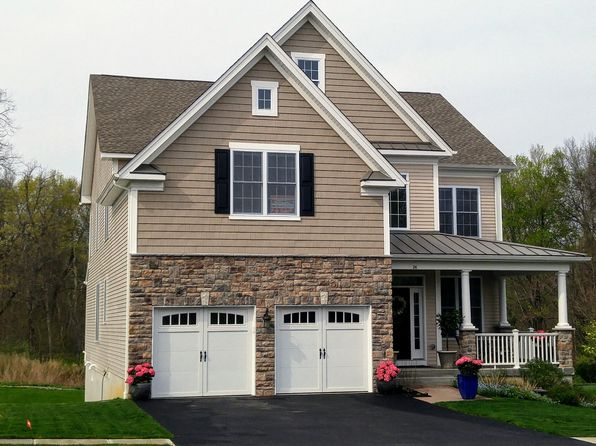 4 bed 3 bath Single Family at 26 SASSAFRAS CIR HOPEWELL JUNCTION, NY, 12533 is for sale at 564k - 1 of 17