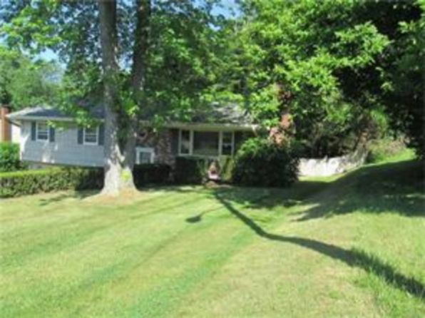 3 bed 2 bath Single Family at 4 Hillside Ter Monroe, NY, 10950 is for sale at 250k - 1 of 12