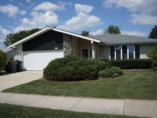 3 bed 2.5 bath Single Family at 8014 Wheeler Dr Orland Park, IL, 60462 is for sale at 270k - 1 of 18