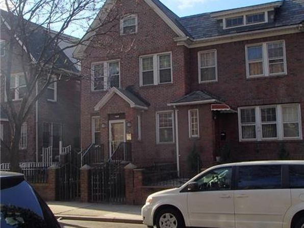 5 bed 2 bath Single Family at 3322 90th St Flushing, NY, 11372 is for sale at 1.25m - google static map