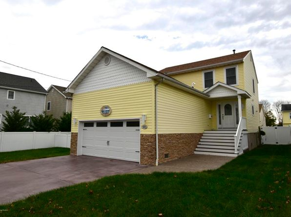 3 bed 3 bath Single Family at 404 Broadway Point Pleasant Beach, NJ, 08742 is for sale at 625k - 1 of 40