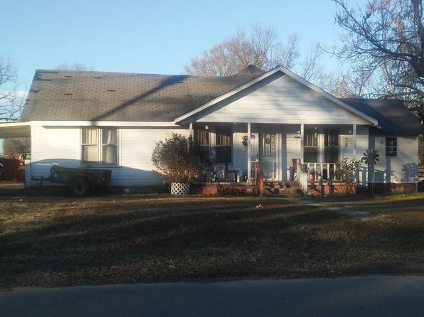3 bed 1 bath Single Family at 30 Cross St Saulsbury, TN, 38067 is for sale at 25k - 1 of 14