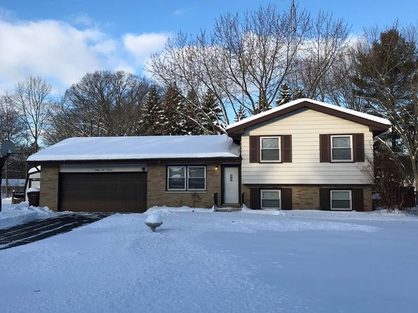3 bed 2 bath Single Family at 9516 Pine St Bridgman, MI, 49106 is for sale at 130k - 1 of 12