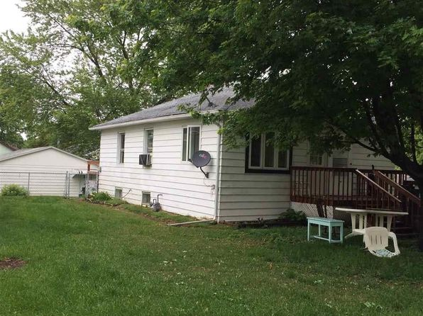 2 bed 1 bath Single Family at 619 Iris St Savanna, IL, 61074 is for sale at 30k - 1 of 12