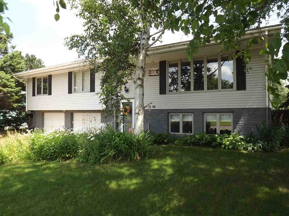 3 bed 3 bath Single Family at 1010 Wabash St Ishpeming, MI, 49849 is for sale at 170k - 1 of 27