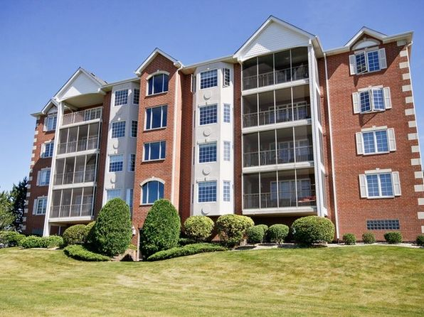 2 bed 4 bath Condo at 7935 Trinity Cir Tinley Park, IL, 60487 is for sale at 195k - 1 of 30