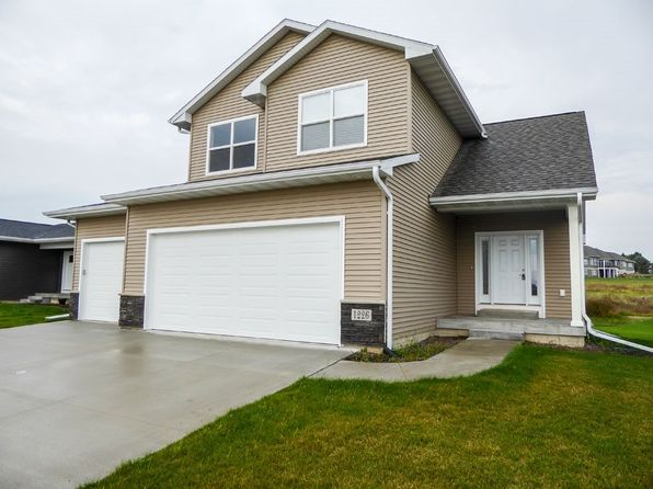 4 bed 4 bath Single Family at 1226 1st St SE Waverly, IA, 50677 is for sale at 283k - 1 of 19