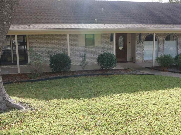 4 bed 2 bath Single Family at 250 Cross Creek Rd Mc Gregor, TX, 76657 is for sale at 225k - 1 of 16