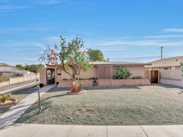2 bed 1.75 bath Single Family at 11604 N 114TH AVE YOUNGTOWN, AZ, 85363 is for sale at 180k - 1 of 22