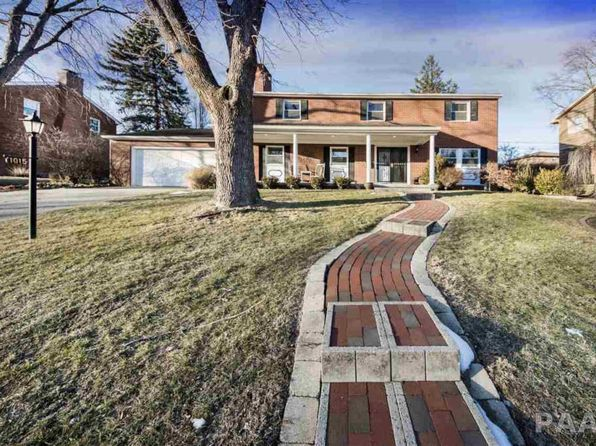 4 bed 3.5 bath Single Family at 1015 W Burnside Dr Peoria, IL, 61614 is for sale at 230k - 1 of 36