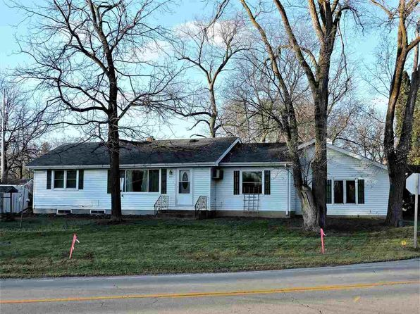 3 bed 1 bath Single Family at 441 Willow St Omro, WI, 54963 is for sale at 100k - 1 of 11