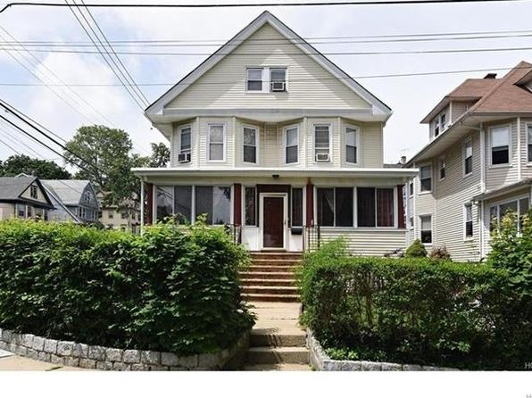 5 bed 3 bath Single Family at 4 SICKLES PL NEW ROCHELLE, NY, 10801 is for sale at 589k - 1 of 17