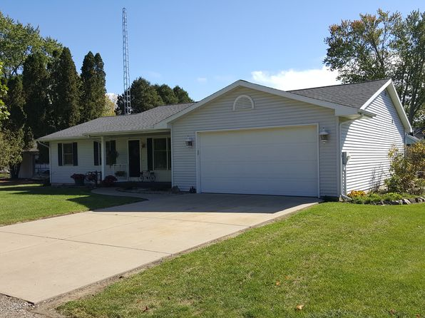 3 bed 3 bath Single Family at 321 Scott St Vicksburg, MI, 49097 is for sale at 190k - 1 of 25