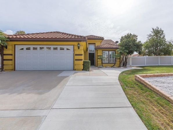 3 bed 2 bath Single Family at 21185 Tennyson Rd Moreno Valley, CA, 92557 is for sale at 385k - 1 of 27
