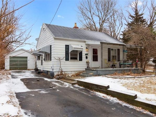 3 bed 1 bath Single Family at 2527 Adams Ave Des Moines, IA, 50310 is for sale at 105k - 1 of 13