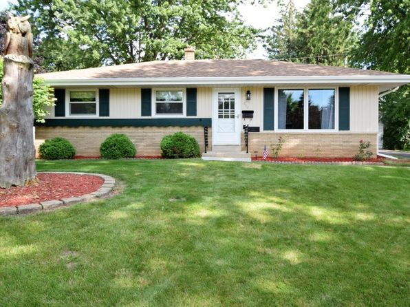 3 bed 1 bath Single Family at 612 Oak Dr Waterford, WI, 53185 is for sale at 180k - 1 of 25