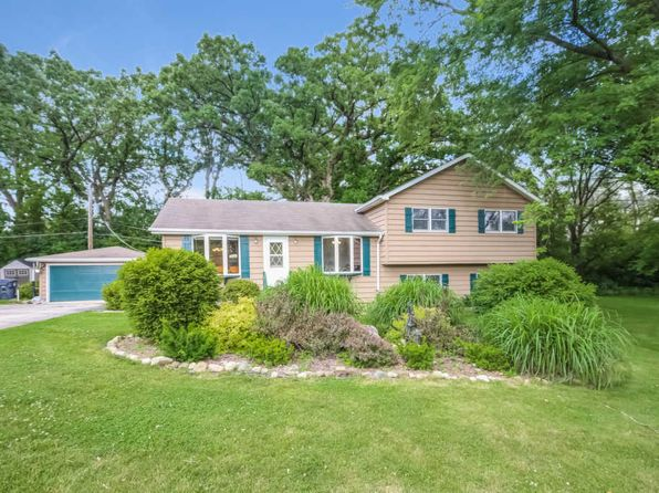 4 bed 2 bath Single Family at 40231 N Donald Dr Antioch, IL, 60002 is for sale at 180k - 1 of 32