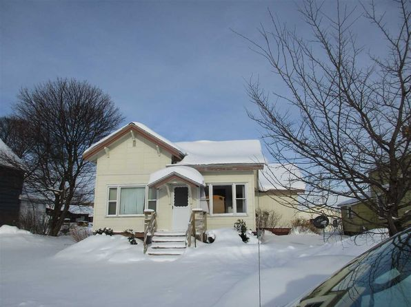 3 bed 1 bath Single Family at 123 E Onota St Munising, MI, 49862 is for sale at 69k - 1 of 16