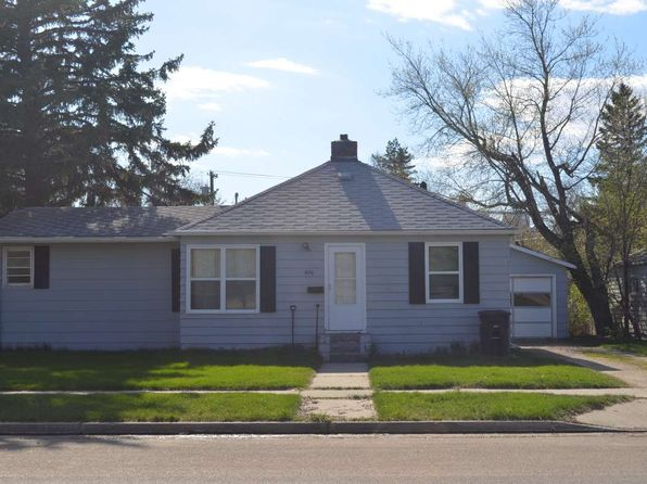3 bed 2 bath Single Family at 620 Nichol St Bottineau, ND, 58318 is for sale at 68k - 1 of 7