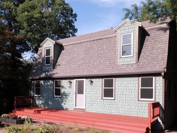3 bed 2 bath Single Family at 2 Maybury Rd North Billerica, MA, 01862 is for sale at 400k - 1 of 23