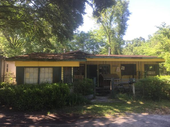 3 bed 1 bath Single Family at 100 Lincoln St Walterboro, SC, 29488 is for sale at 13k - 1 of 3