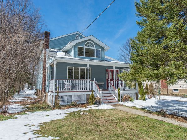 3 bed 2 bath Single Family at 83 Center Ave Little Falls, NJ, 07424 is for sale at 440k - 1 of 34