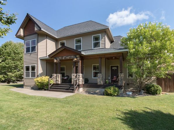 4 bed 4 bath Single Family at 459 Oak Valley Loop Winchester, OR, 97495 is for sale at 408k - 1 of 32