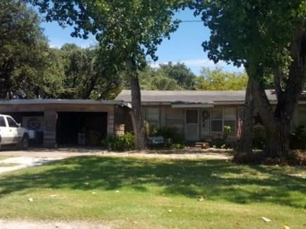 3 bed 1 bath Single Family at 108 S Kossuth St Rockport, TX, 78382 is for sale at 75k - 1 of 15