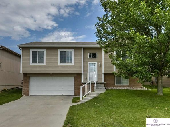 3 bed 2 bath Single Family at 18668 Berry St Omaha, NE, 68135 is for sale at 169k - 1 of 25
