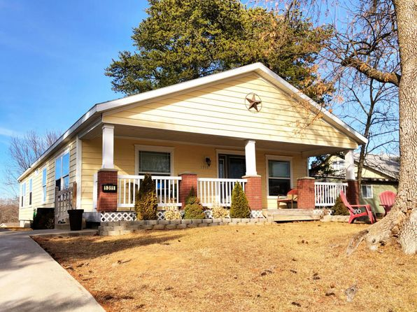 3 bed 2 bath Mobile / Manufactured at 1311 FISK AVE MOBERLY, MO, 65270 is for sale at 97k - 1 of 22