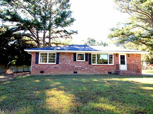 Swell 1061 Mallard Ct Madison Ga 30650 Zillow Home Interior And Landscaping Spoatsignezvosmurscom